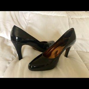 Ellen Tracy Black Heels  5.5